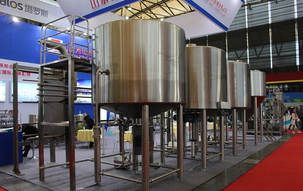 WEMAC manufacturer 3500L 25HL industrial Beer making breweing equipment machine sale well in Spain  ZXF
