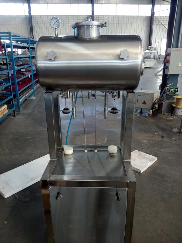 SUS304 Auto/manual beer filling machine hot sell in Romania from Chinese factory