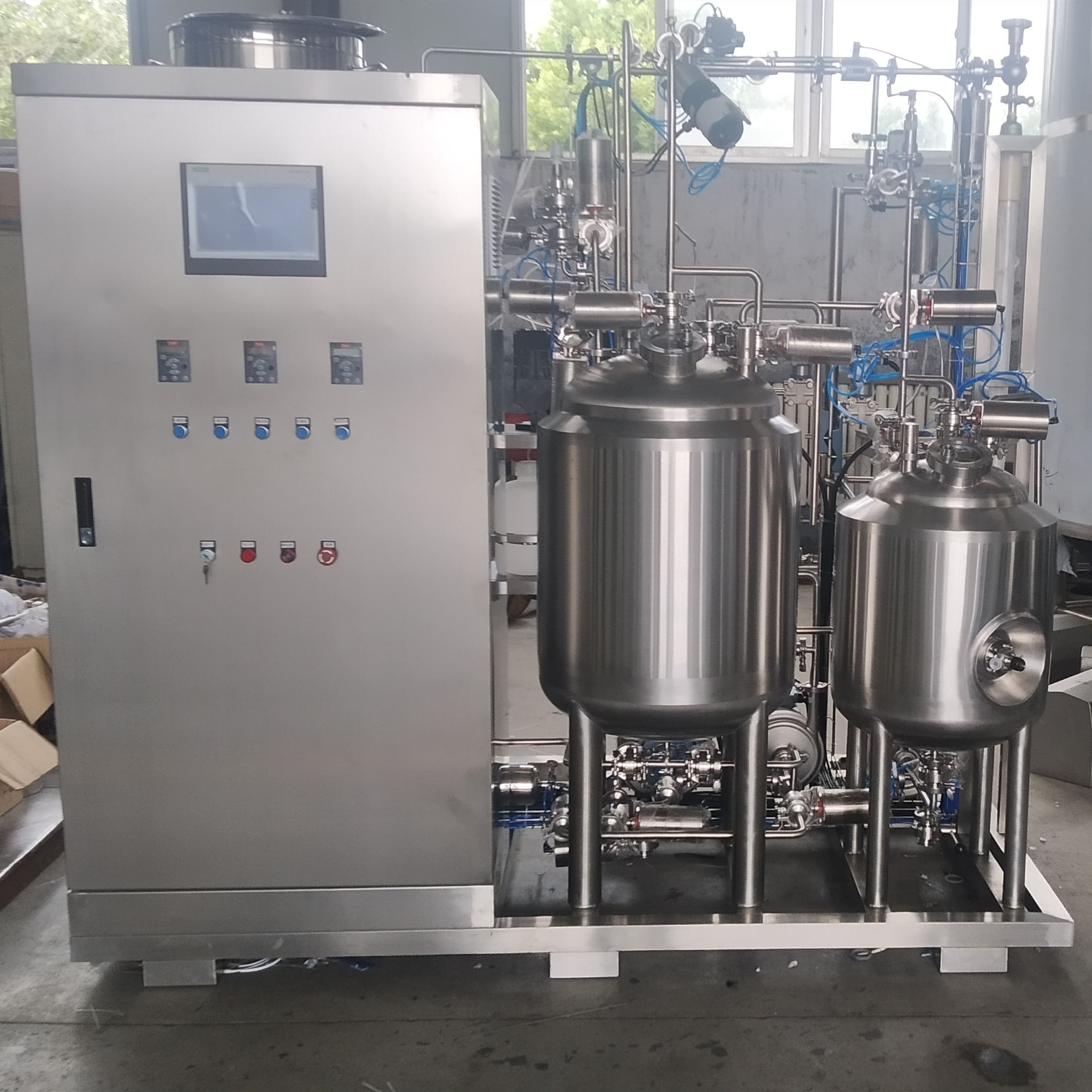 SUS304 Complete beer brewing tanks made by Chinese  factory Z12