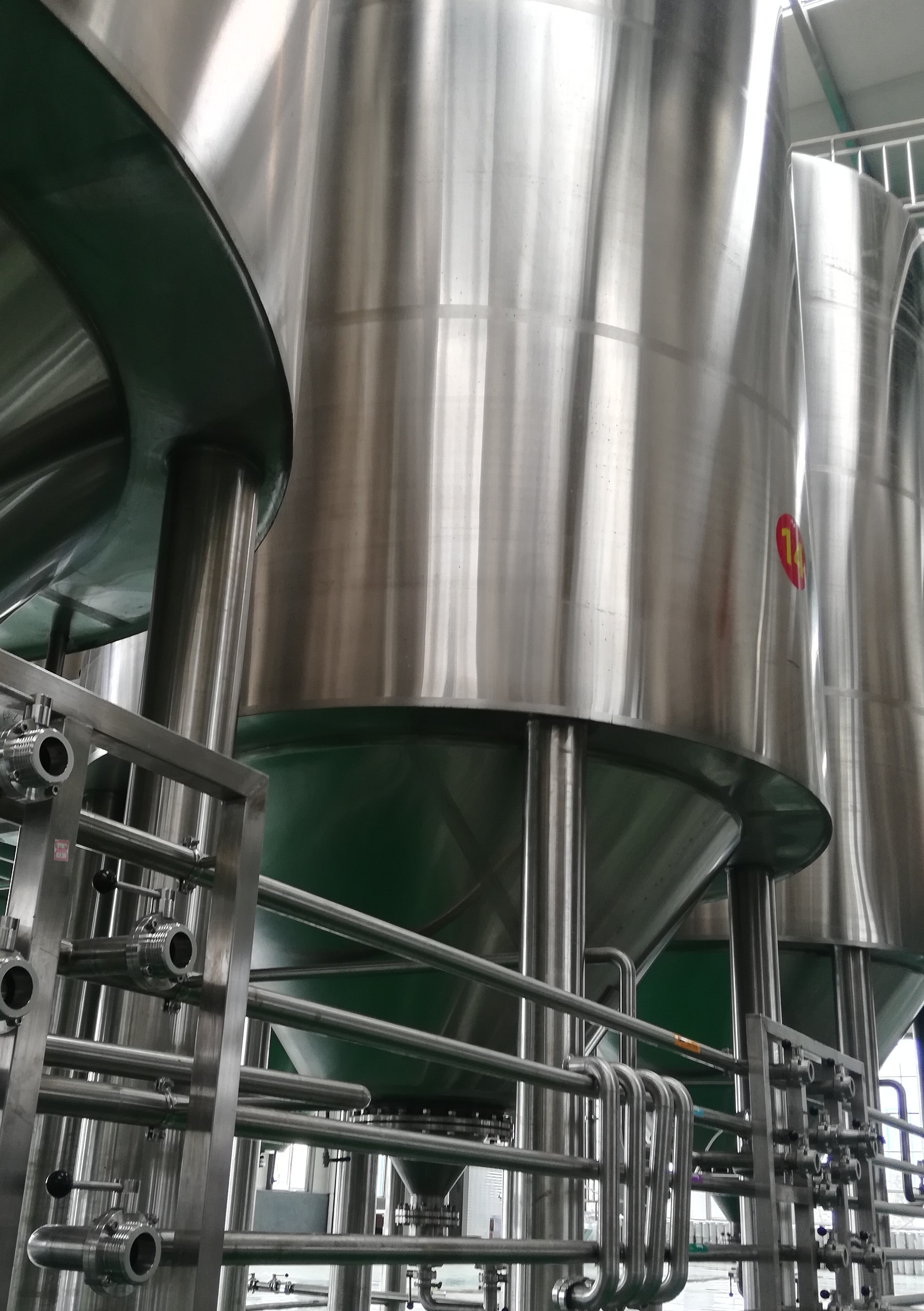 Auto/Manual convenient professional Industrial beer brewing equipment of SUS304 316 from China W1