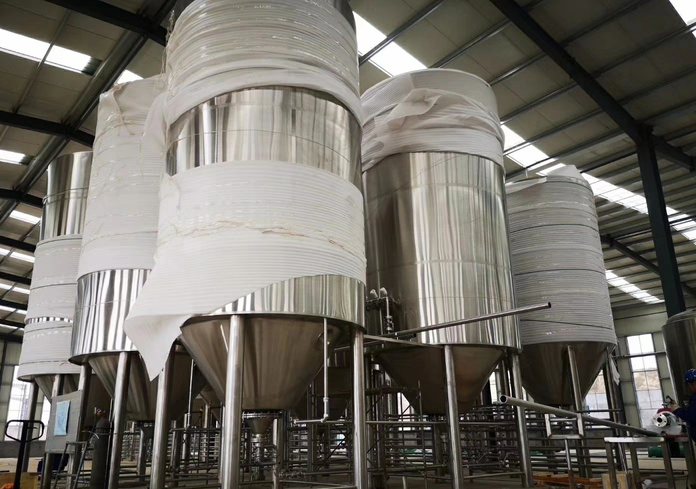 Korea  high polished rice rate  self-designed professional brewhouse and mash system of SUS304 316 for sale from China W1
