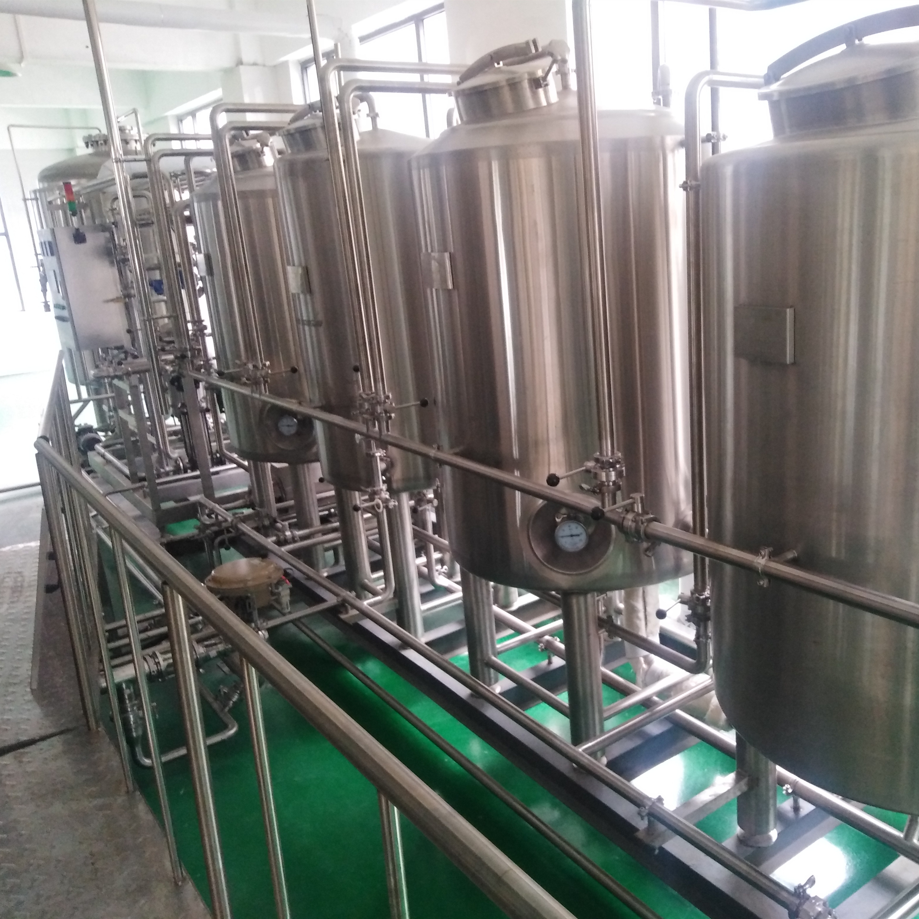 SUS304 big size turnkey microbrewery beer  brewing equipment  widely used in brewing factory ZZ