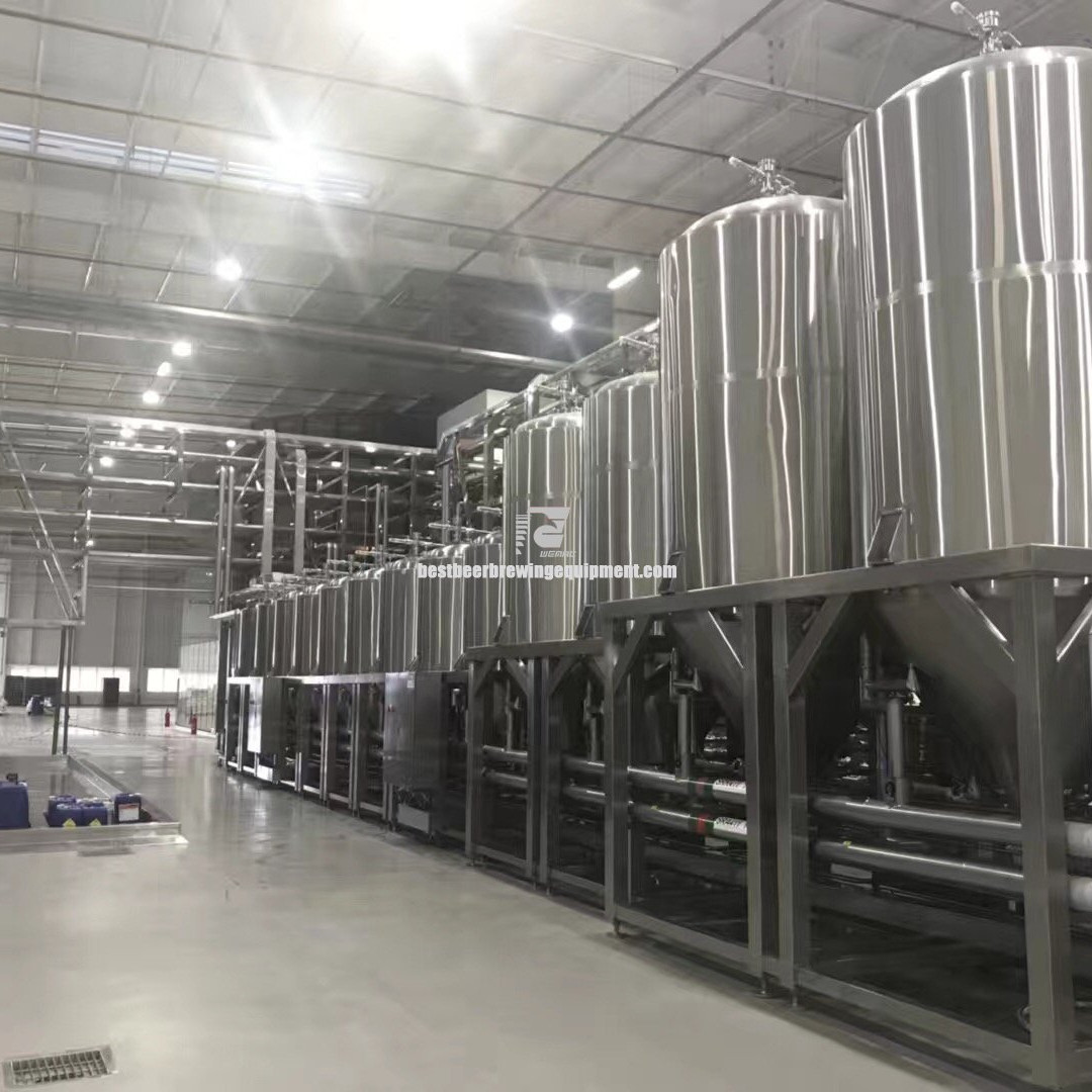 Large scale beer brewing equipment for large and medium-sized breweries
