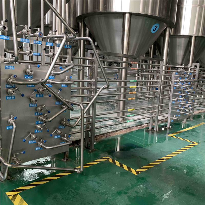 commercial -beer- brewing -equipment18.jpg