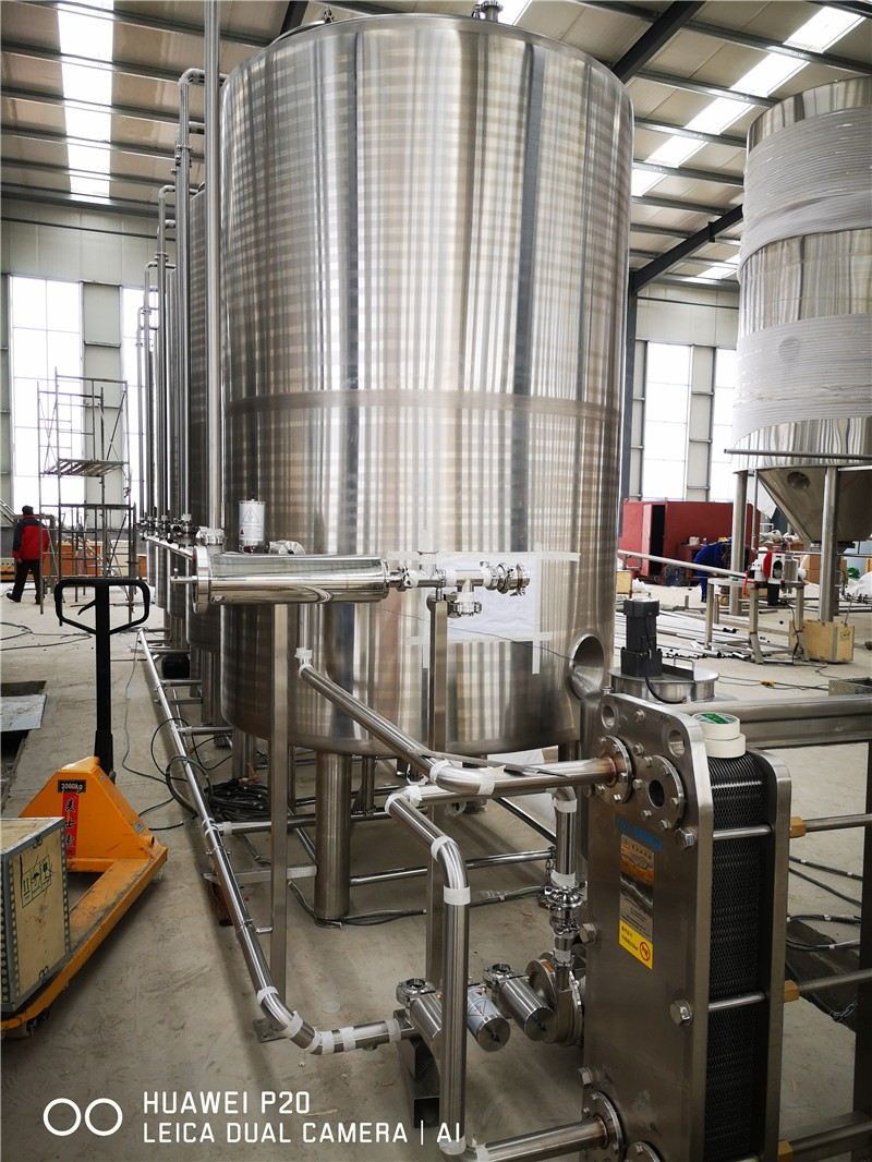 whole-brewery-equipment01.jpg