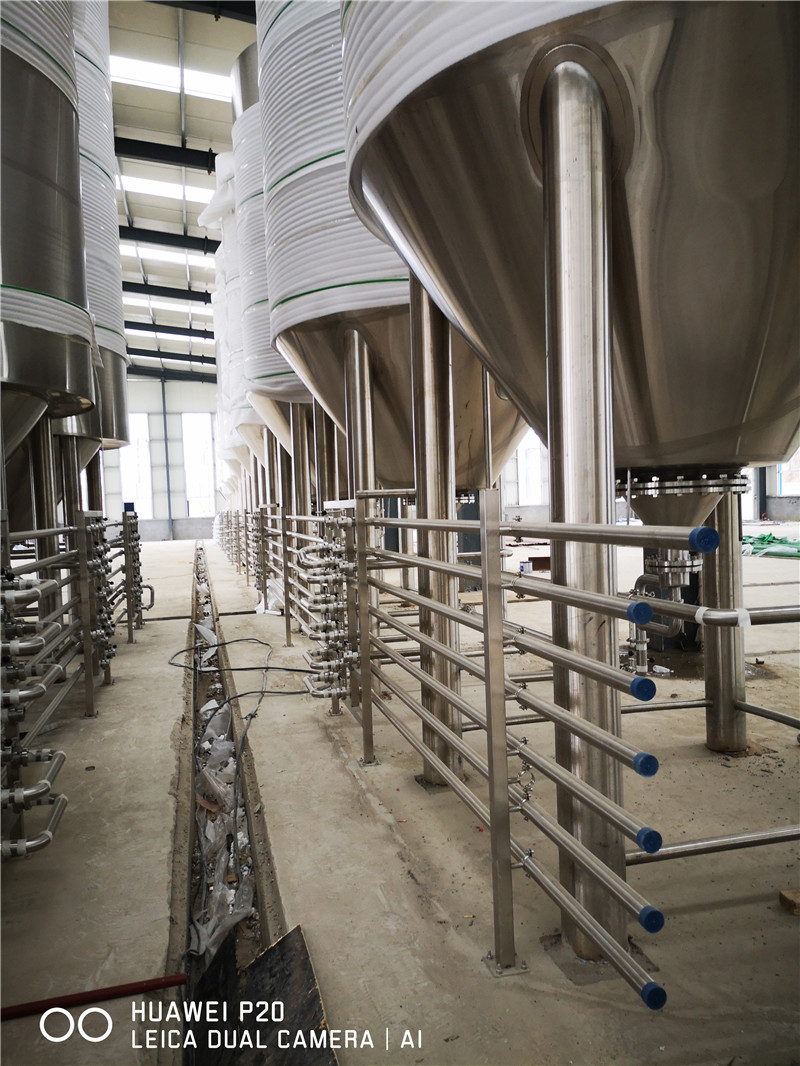 whole-brewery-equipment02.jpg