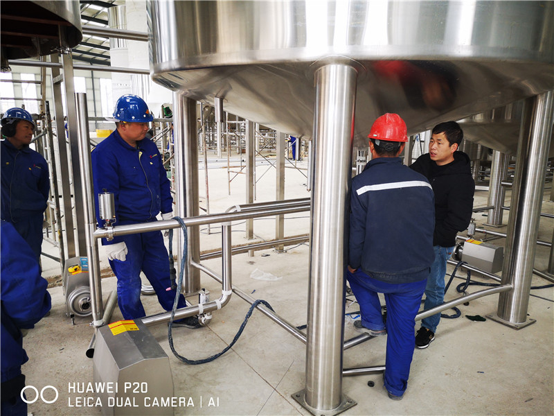 whole-brewery-equipment05.jpg