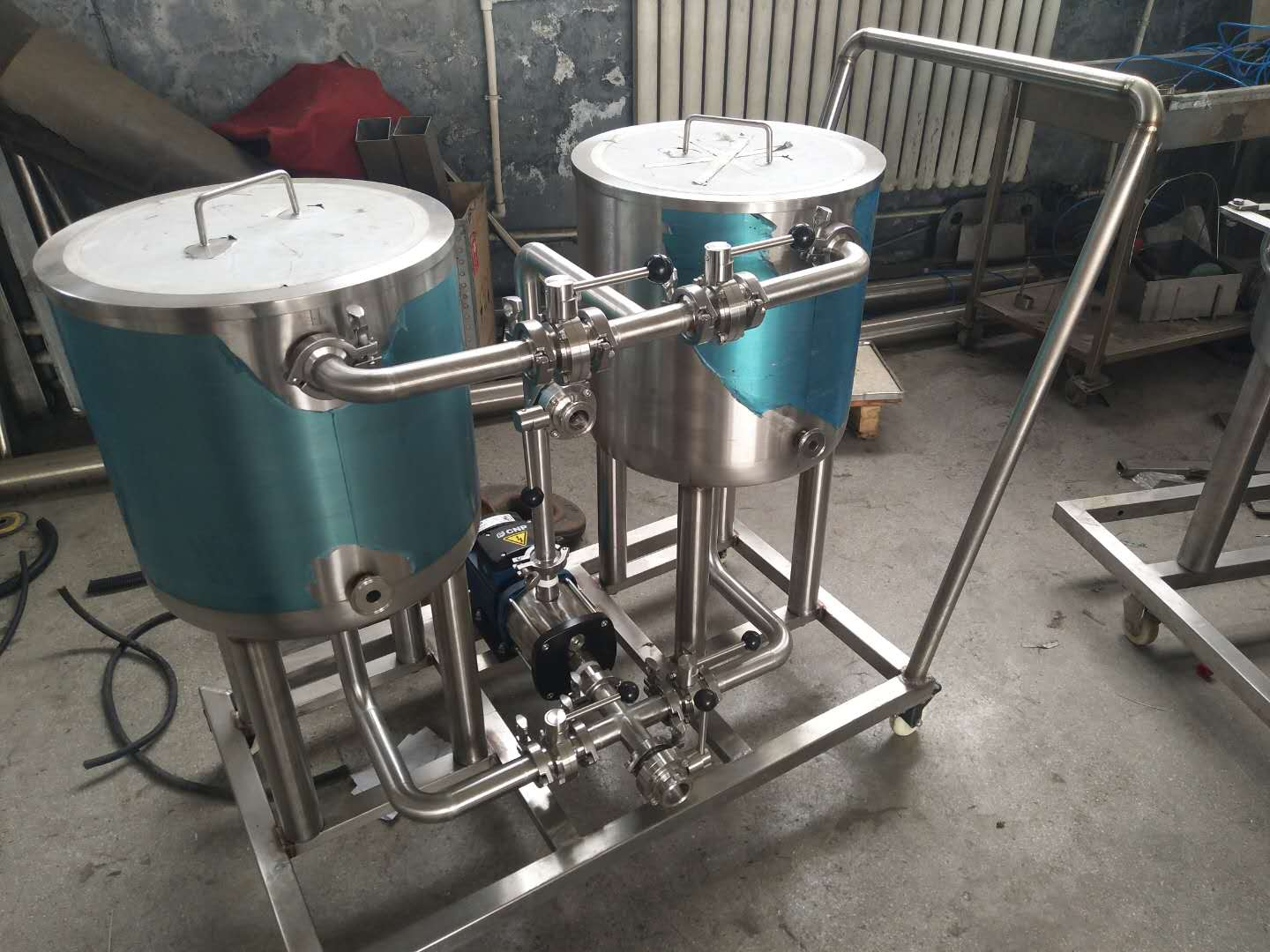 2-vessel-home-beer-brewing-equipment-CIP.jpg