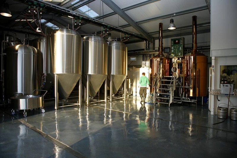 copper-stainless steel-brewhouse-brewery-beer making-beer brewing-fermenter-suppliers-breweries.jpg