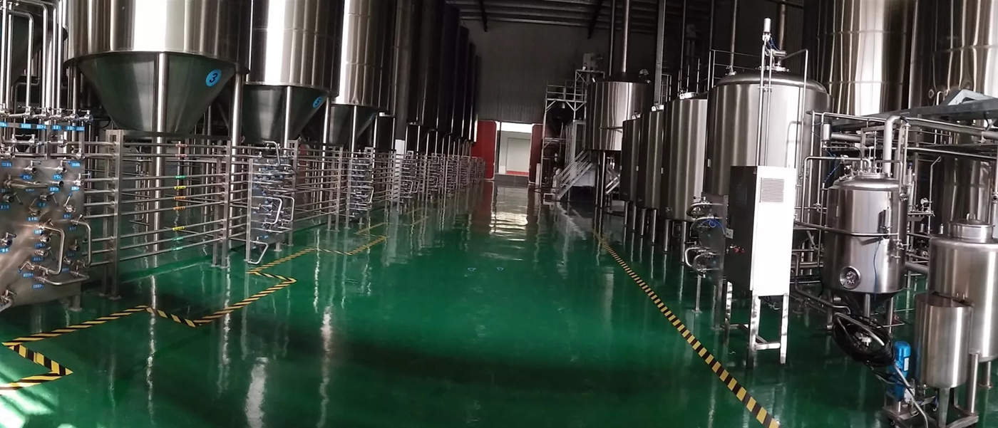 large-scale-beer-brewing-equipment
